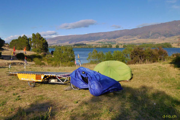 NZ: Solatrike am Lake Dunstan
