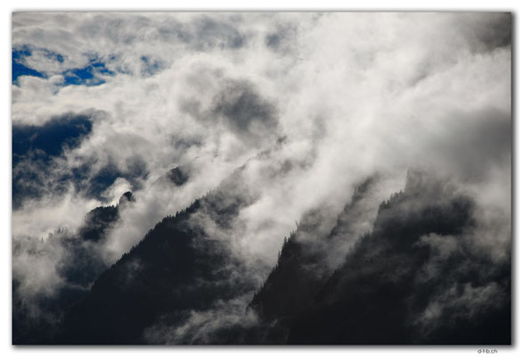 GW0118.Wolken um die Schynige Platte