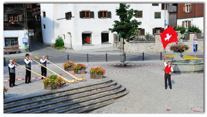 A0771.Alphorners und Fahnenschwinger.Klosters.CH