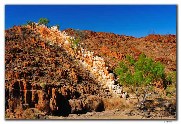 AU0212.Halls Creek.China Wall