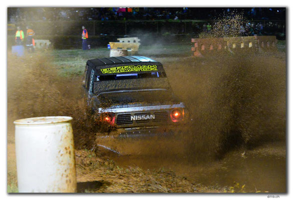 AU0004.Darwin.Mud Car race