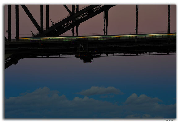 AU1660.Sydney.Sky under the Harbour Bridge.McMahons Point