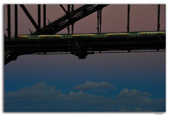 AU1660.Sydney.Sky under the Harbour Bridge.McMahons Point
