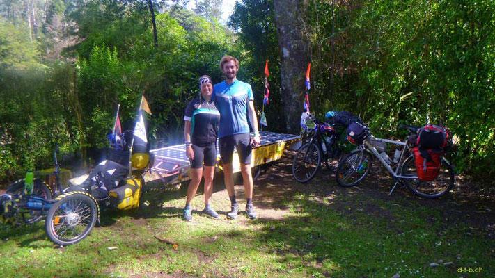 NZ: Solatrike in Pelorus Bridge Camping mit Adi und Eva