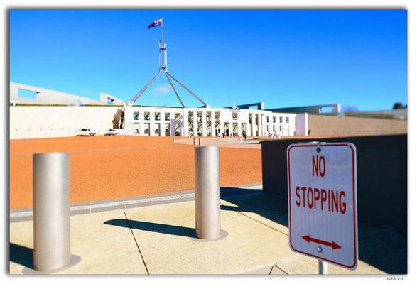 AU1513.Canberra.Parliament