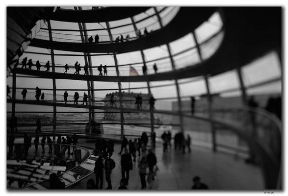 DE263.Berlin.Bundestag.Kuppel