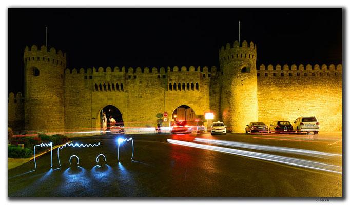 AZ055.Baku.Double Gate
