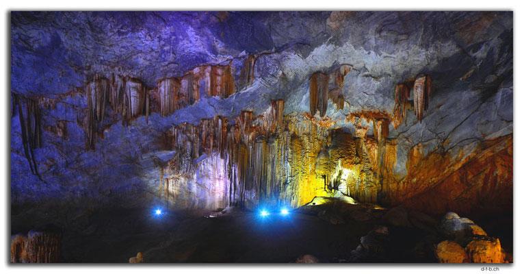 VN0098.Phong Nha.Paradise Cave