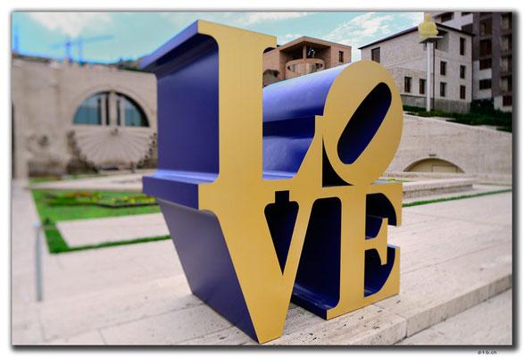 AM003.Yerevan.öffentliche Kunst