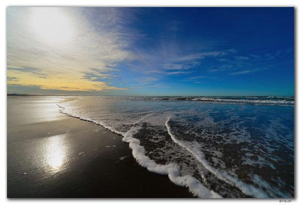 NZ0977.Christchurch.New Brighton Beach