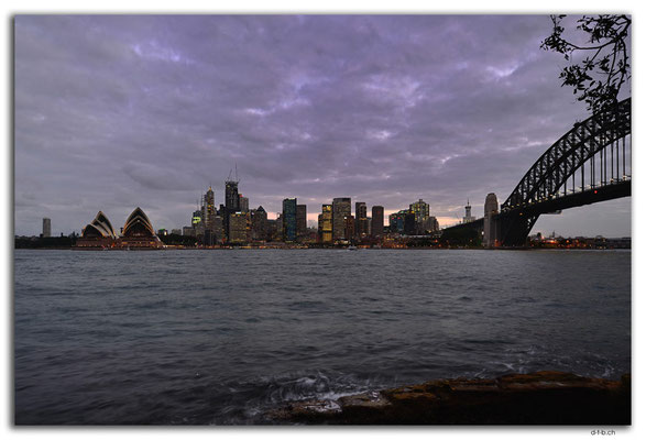 AU1675.Sydney.Opera House + Bridge