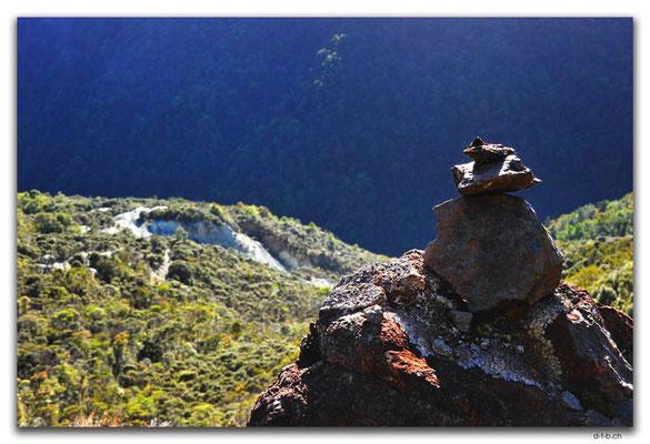 NZ0543.Kahurangi N.P.Takaka River Valley & Asbestos Mine