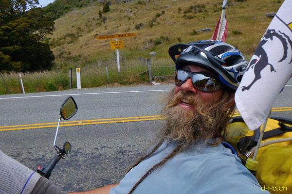 NZ: Solatrike auf Takaka Hill beim Rückweg