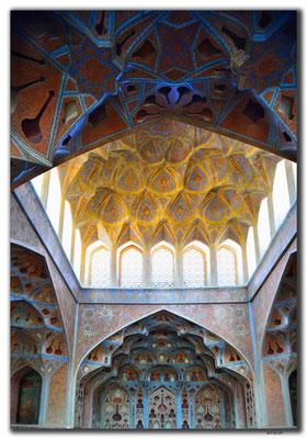 IR0092.Isfahan.Ali Qapu Palace.Musikzimmer
