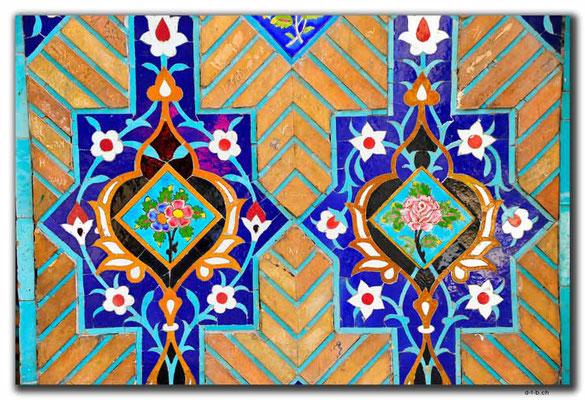 IR0053.Tehran.Niavaran Palace
