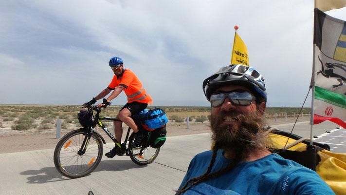 Solatrike.KZ.Autobahnfahren mit Tobias / riding on the Highway with Tobias
