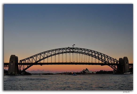 AU1658.Sydney.Opera House & Harbour Bridge.McMahons Point