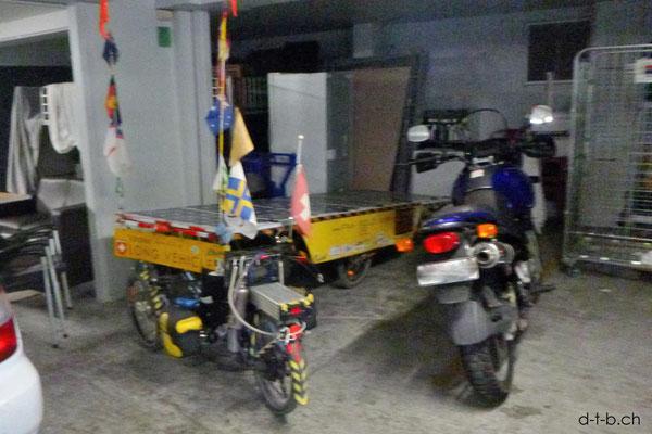 NZ: Solatrike in Christchurch in der Garage untergebracht