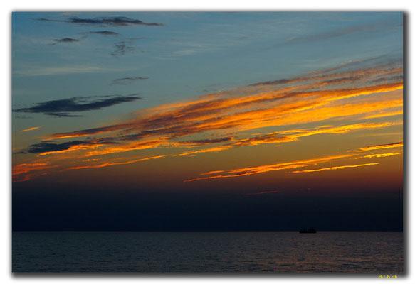 CN0409.Fähre.Sonnenuntergang