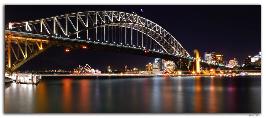 AU1665.Sydney.Opera House & Harbour Bridge.Milsons Point