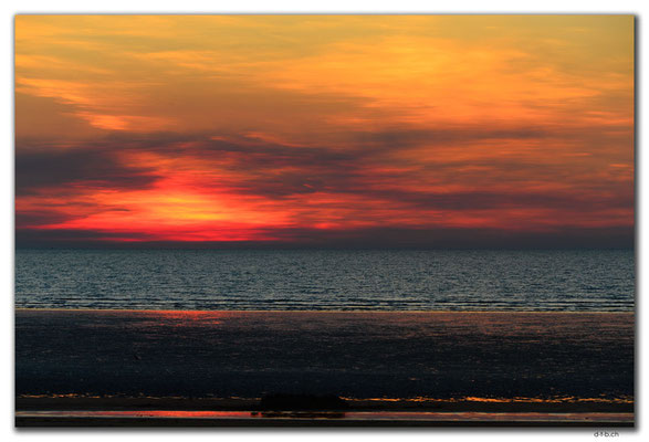 AU0064.Darwin.Mindil Beach