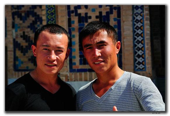UZ0085.Samarkand.Registan.Usbeken
