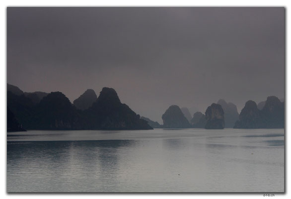 VN0012.Ha Long Bay,