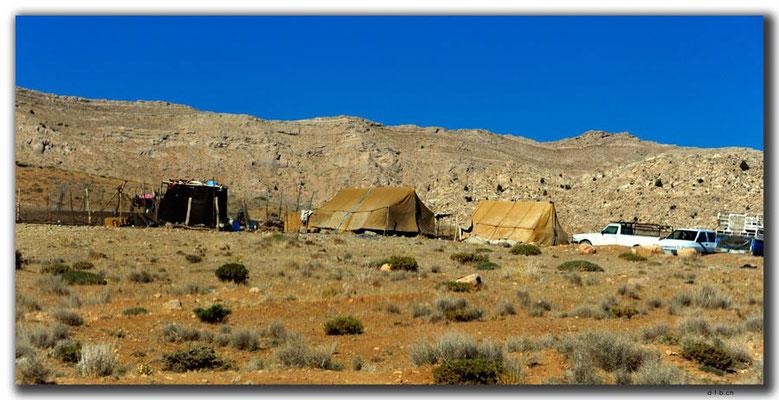 IR0122.Zelte der Qashqai