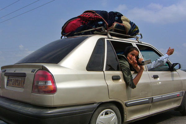 Iran: Auto 12