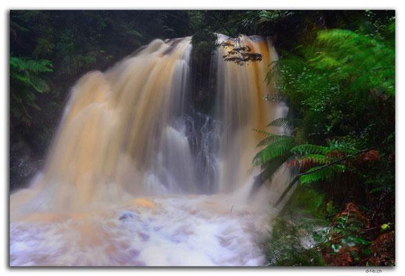 AU1428.Hogarth Falls