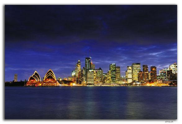 AU1678.Sydney.Opera House