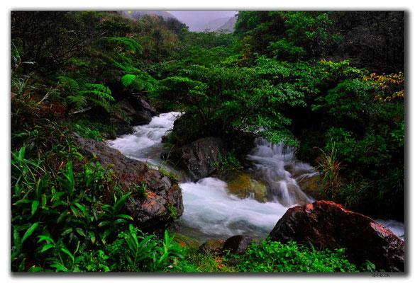 TW0052.Jinguashi.Wasserfall