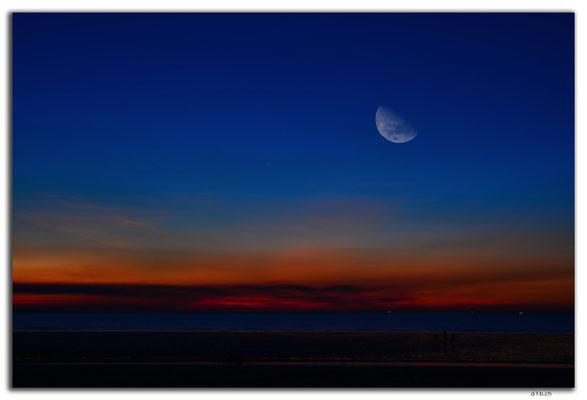 AU0066.Darwin.Mindil Beach