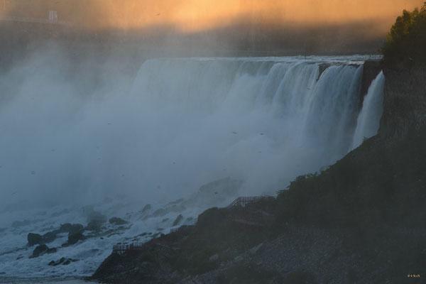 CA0408 Niagara Falls