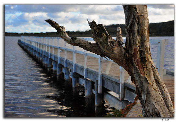 AU0786.Walpole.Jetty