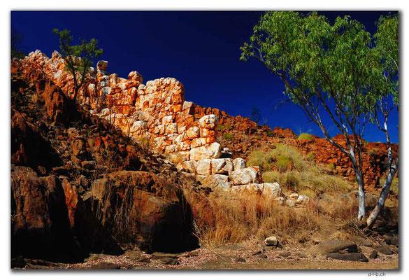 AU0210.Halls Creek.China Wall