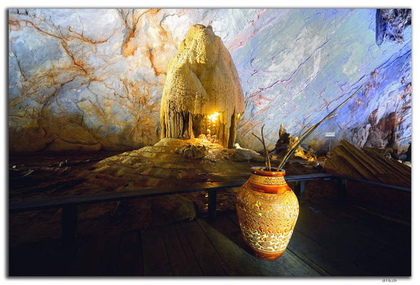 VN0103.Phong Nha.Paradise Cave