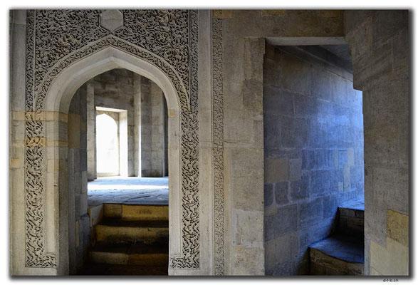 AZ048.Baku.Shirvanshahs Palace