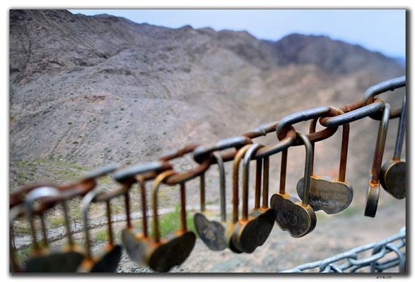 CN0127.Jiayuguan.Overhanging Great Wall