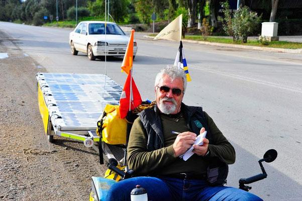 GR: Solatrike in Kreta,Journalist