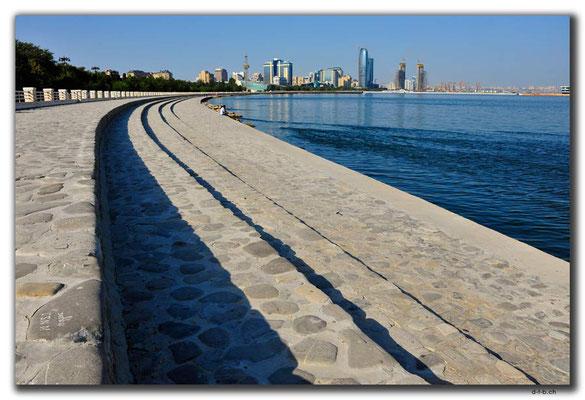 AZ035.Baku.Promenade
