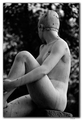 GR0101.Thessaloniki.hübsche Statue