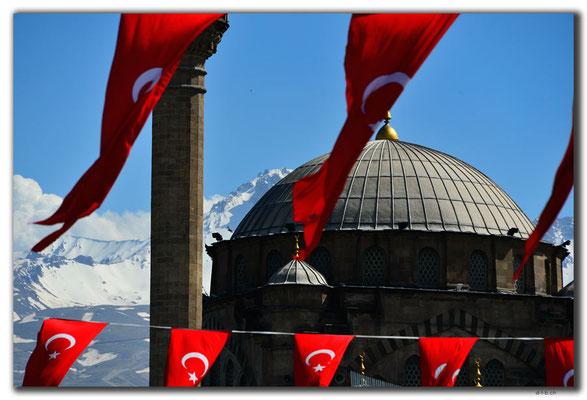 TR0925.Kayseri.Moschee und Vulkan