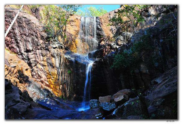 AU0104.Robin Falls