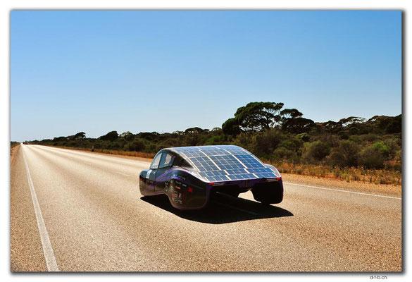 AU0924.Violet Solar Car