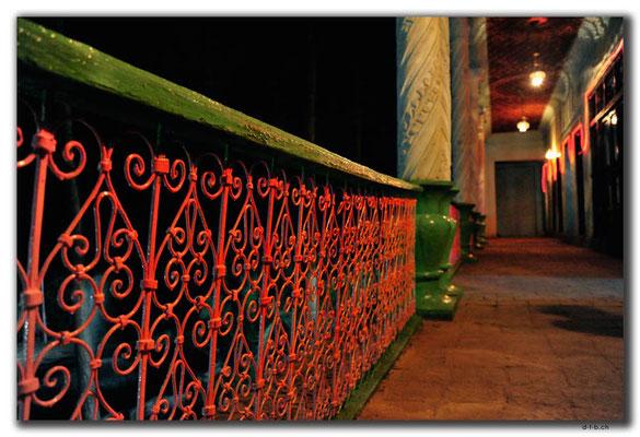 IR0062.Isfahan.Old House