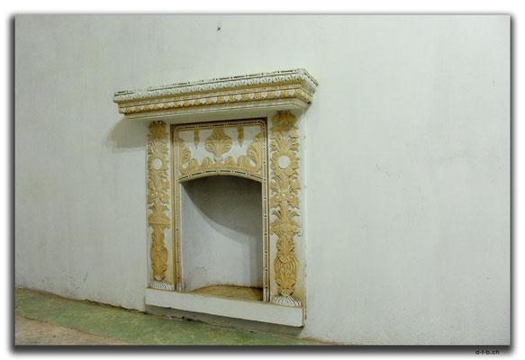 IR0065.Isfahan.Old House