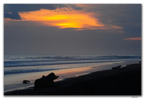 NZ0417.Waiinu Beach.Abendrot
