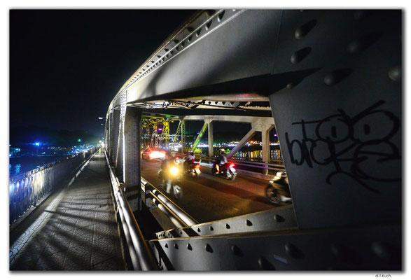 VN0198.Hue.Truong Tien Bridge