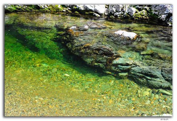 NZ0532.Kahurangi N.P.Takaka River